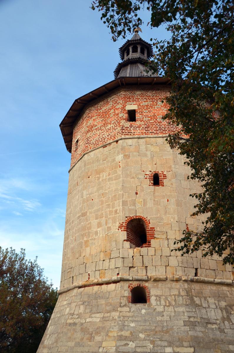 14. Угловая башня