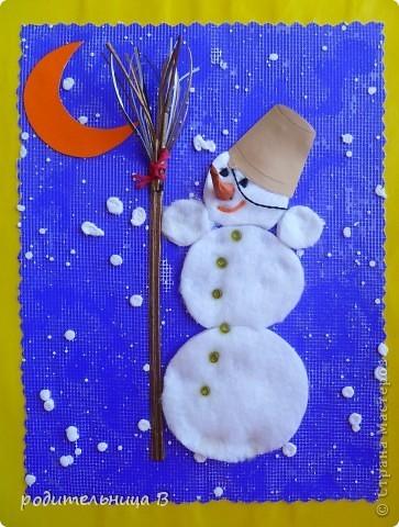 Новогодняя поделка снеговик своими руками из ватных дисков